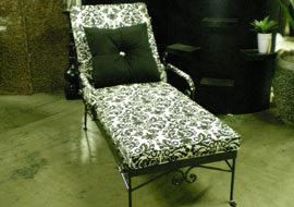 Single Chaise Lounge