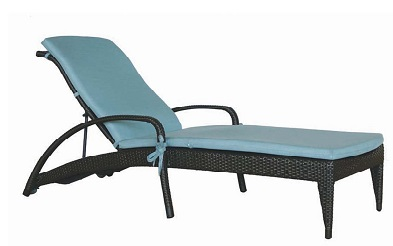 Lynn Valley Chaise Collection
